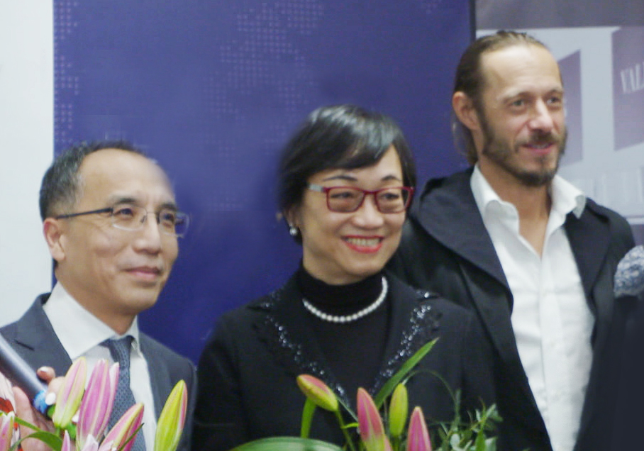 Chinese Ambassador Xiaosi Li, artist Johannes Herberstein